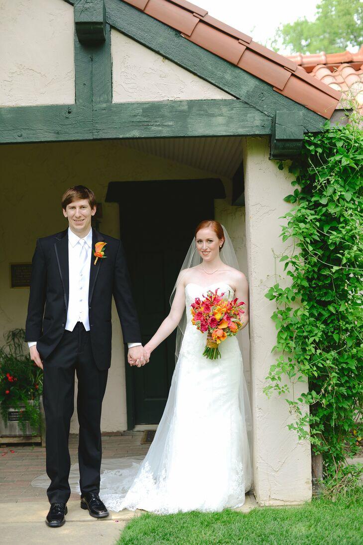 An Indoor Tropical Wedding At The Benjamin Marian Schuster Performing Arts Center In Dayton Ohio