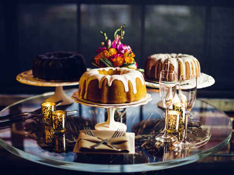 Bundt cake wedding cakes