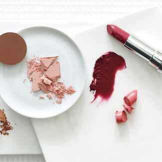 Lipstick, bronzer, blush, eye shadow for the bride