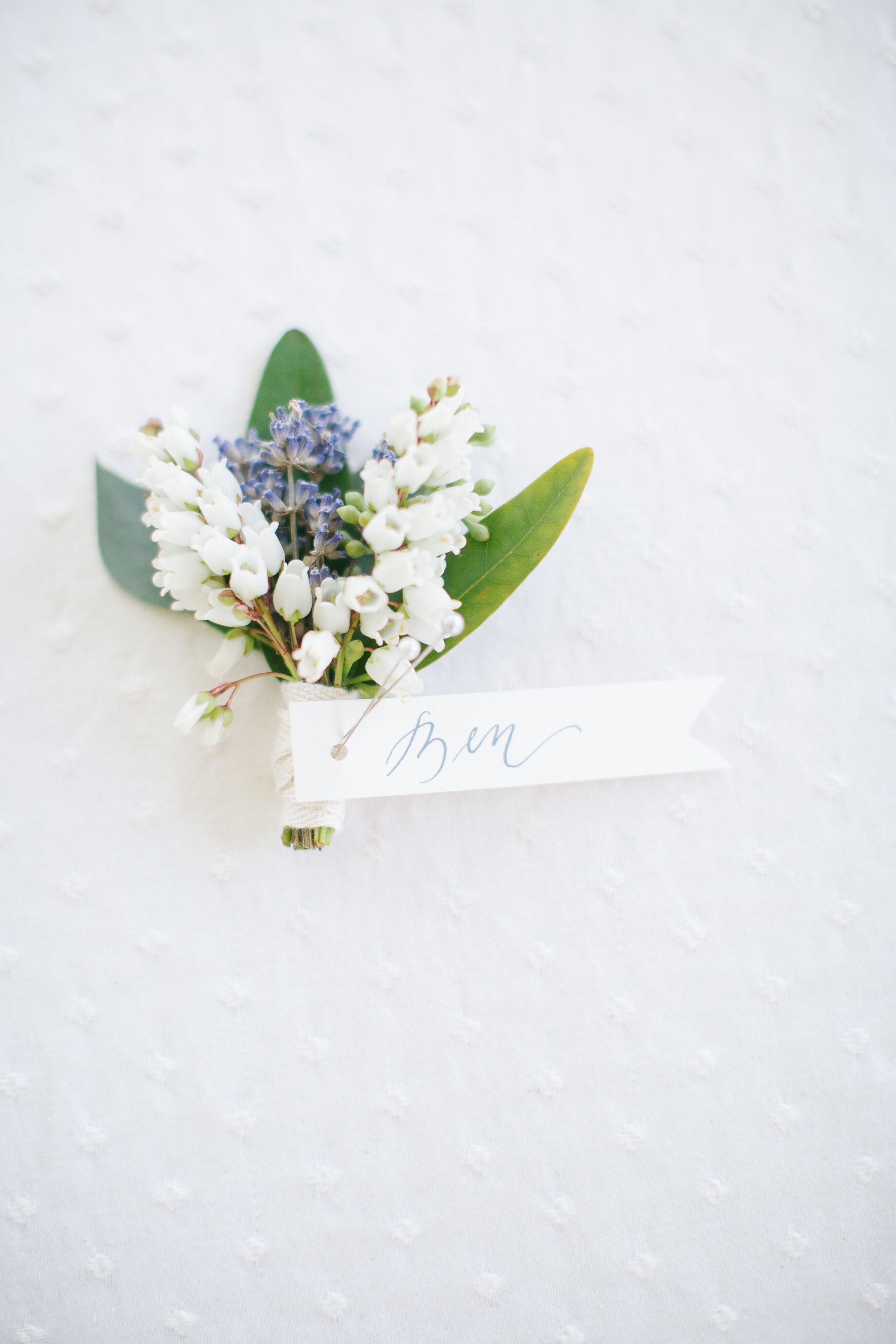 Lily of the valley wedding flower arrangements white lily of the valley grooms boutonnieres izmirmasajfo
