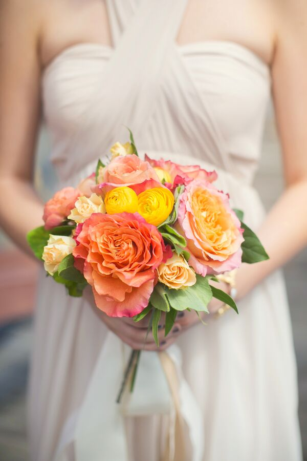 Sunset-Inspired Bridesmaid Bouquet
