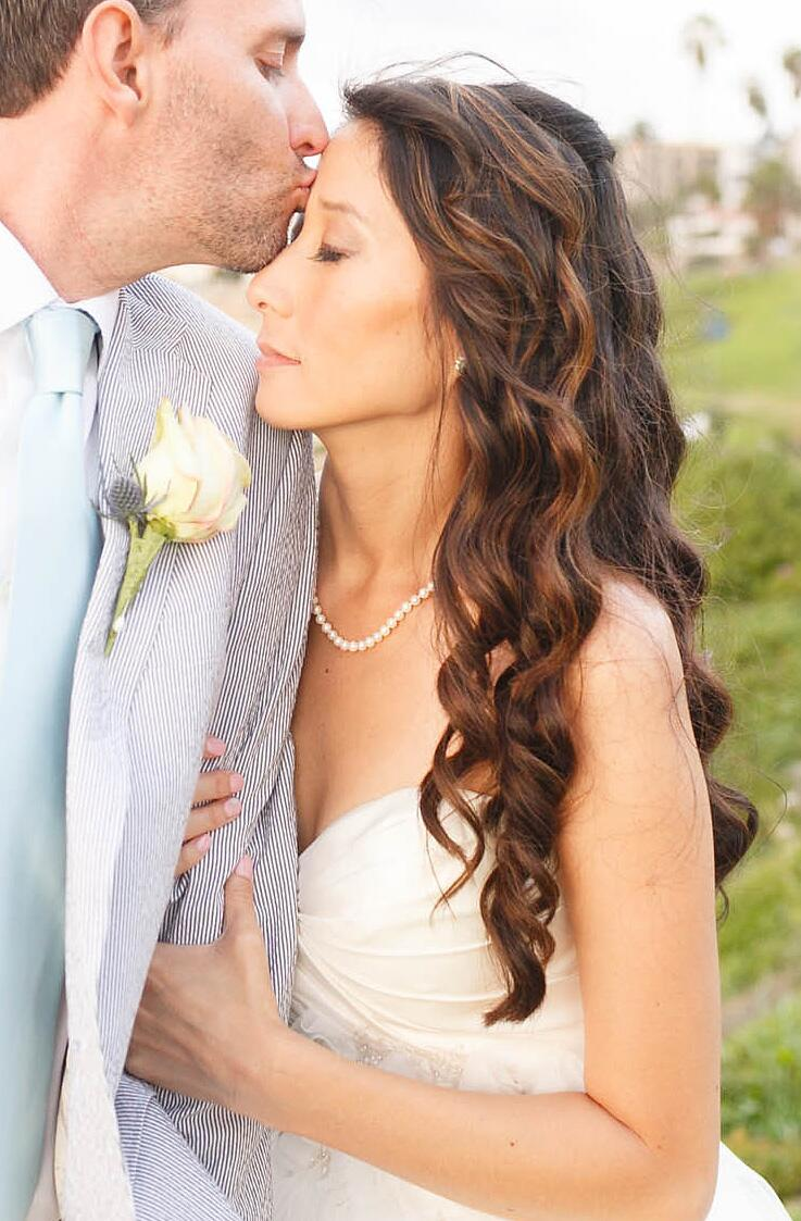Long curly wedding hairsyle