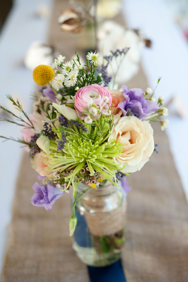 Mixed pastel flower centerpieces for Pastel colored flower arrangements