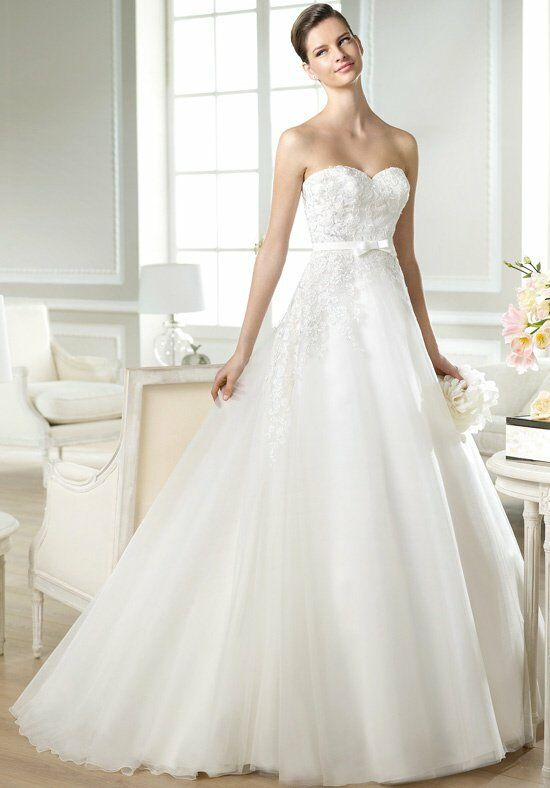 WHITE ONE Jaques Wedding Dress photo