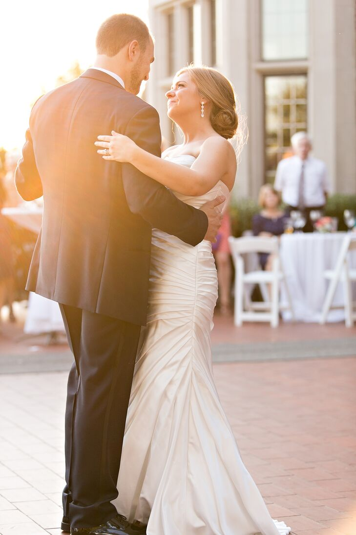 "The couple put their own personal twist on the traditional wedding schedule, taking to the floor for their first dance during cocktail hour, allowing the rest of the evening's festivities to flow smoothly. The pair danced to Billy Joel's ""Just the Way You Are,"" then led guests into the Wavney House grand hall for dinner and more dancing."