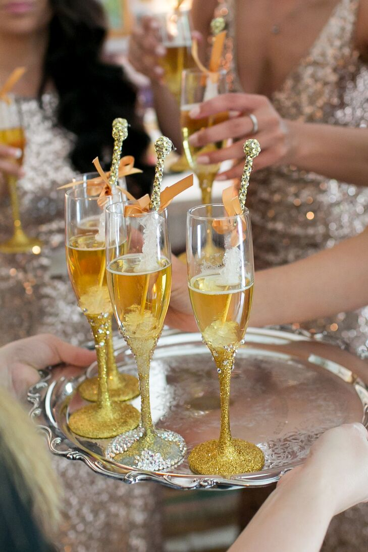 Sparkly Gold Rock Candy-Filled Champagne Drinks