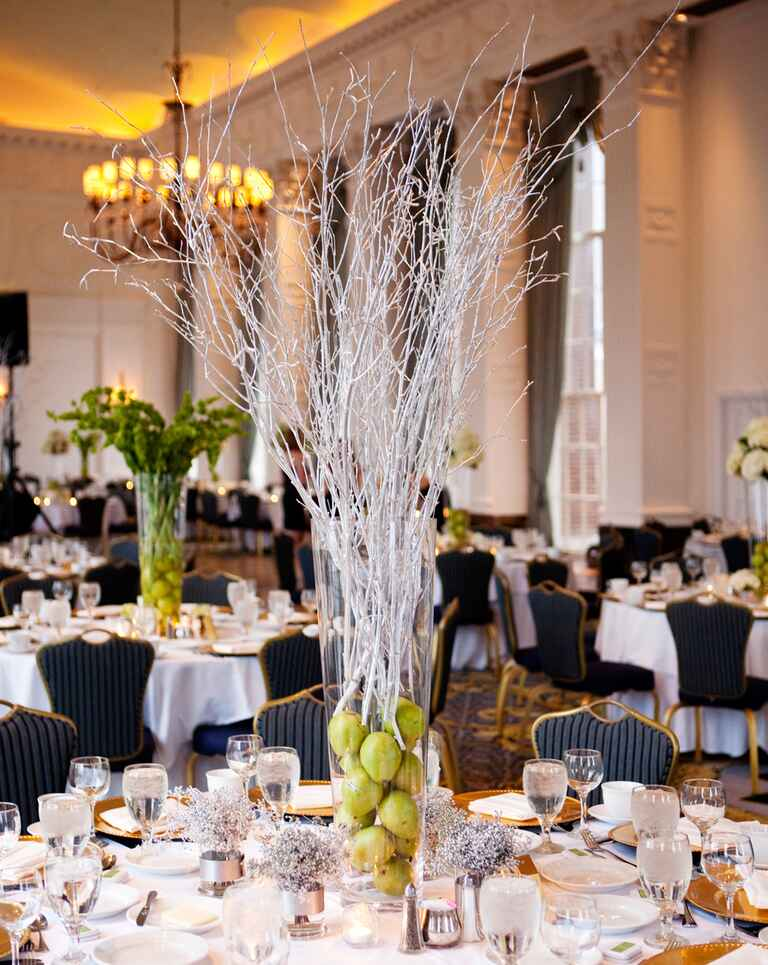 Gorgeous centerpieces with fruit