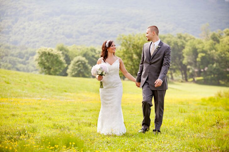 A Simple, Romantic Wedding at Tennessee RiverPlace in Chattanooga ...