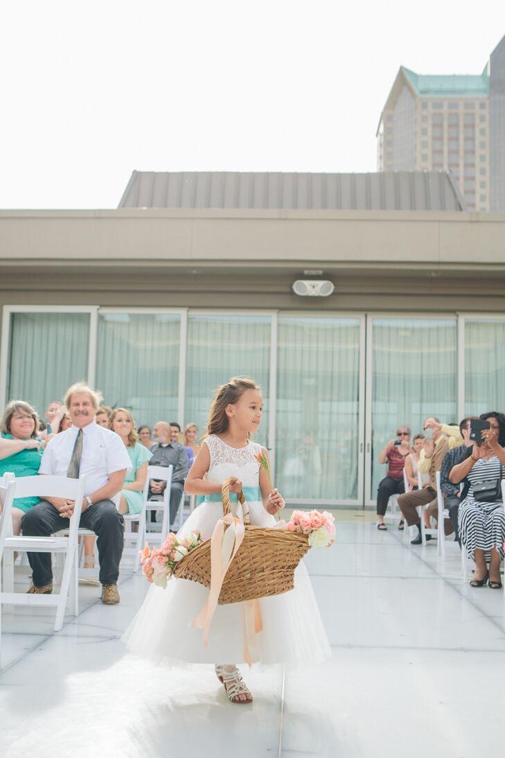 A Tiffany Blue And Coral Wedding At Hyatt Regency St