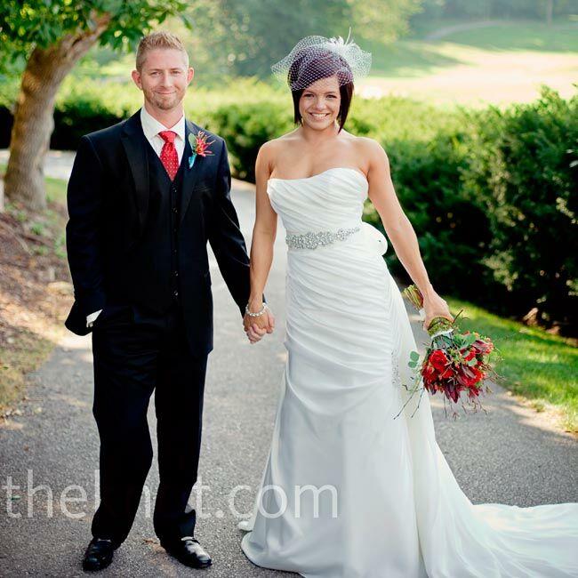 Outdoor Wedding Ceremony Eau Claire: An Outdoor Wedding In Village Of Loch Lloyd, MO