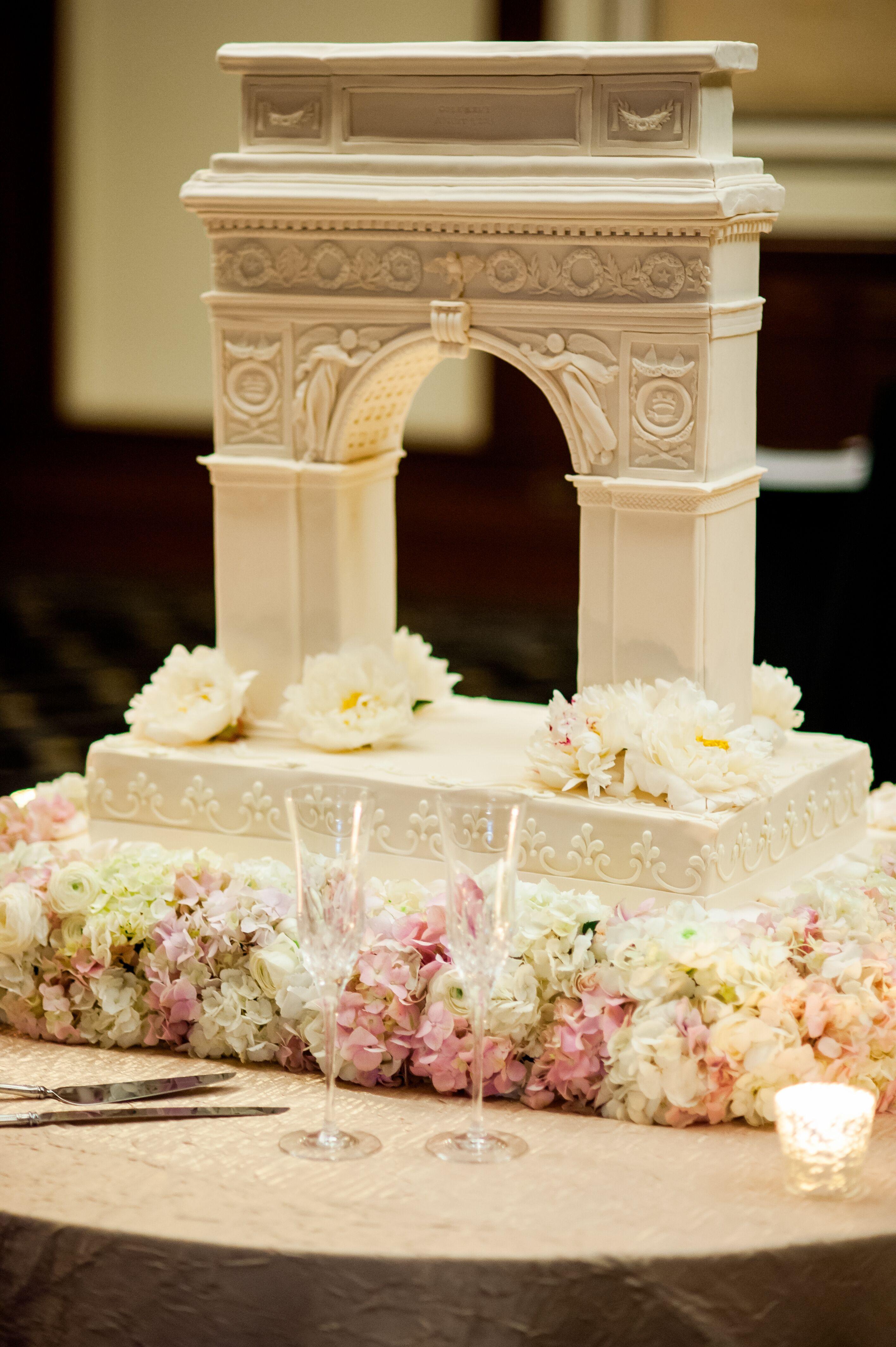 Washington Square Park Arch Wedding Cake