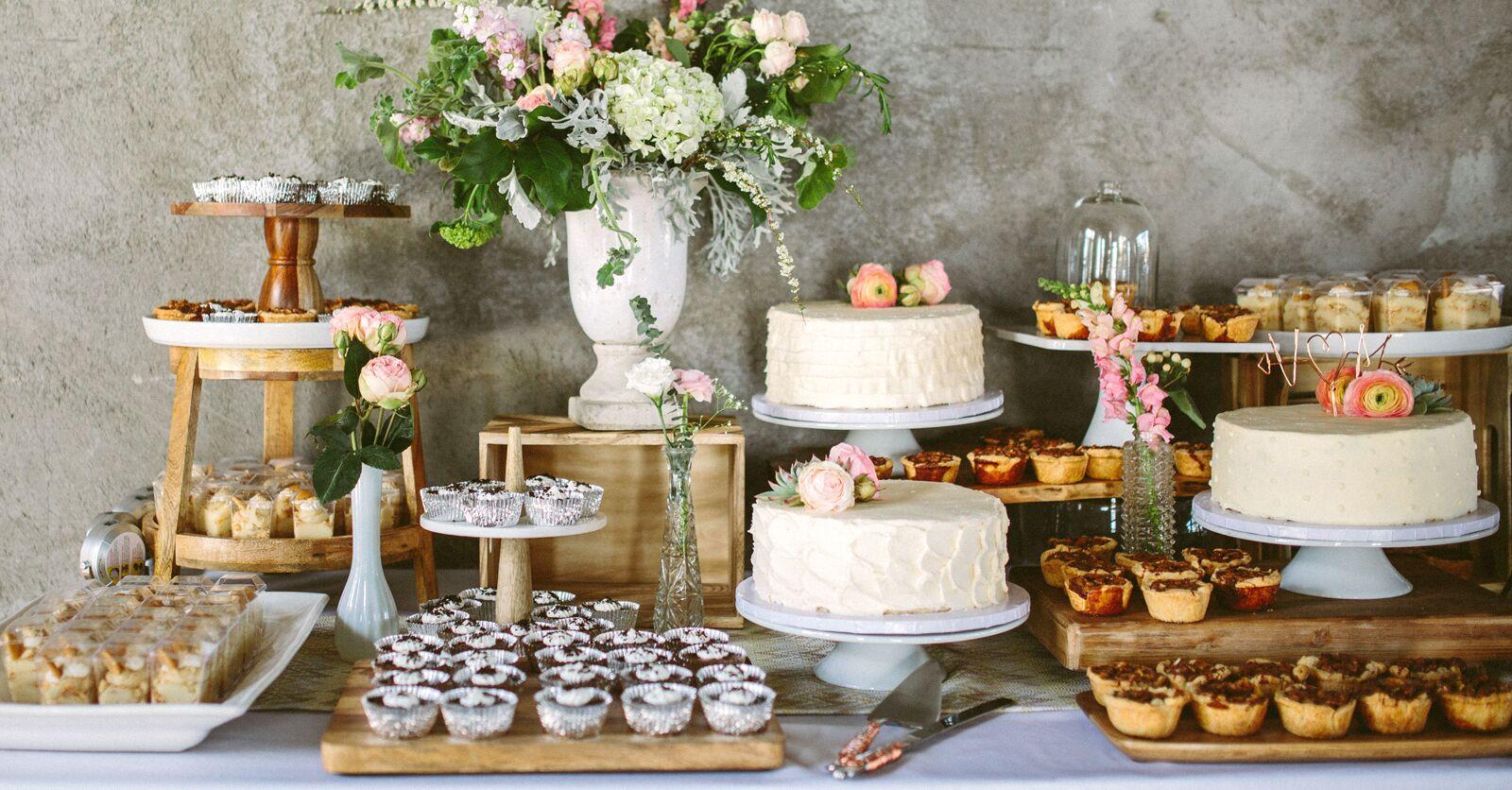 15 Wedding Dessert Table Ideas for Your Wedding Reception