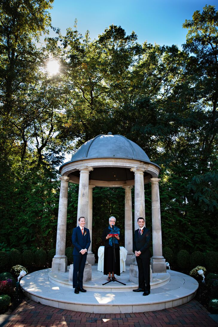 A Laid Back Fall Wedding At The Estate At Florentine Gardens In River Vale New Jersey