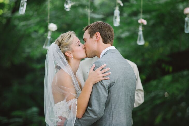 Lace-Trimmed Tulle Veil, Twisted Updo