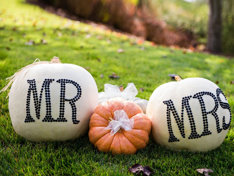 7 Glamorous Ways to Decorate Your Fall Wedding With Pumpkins - photo#16