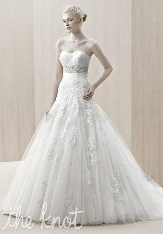 Blue by Enzoani Edson Wedding Dress photo