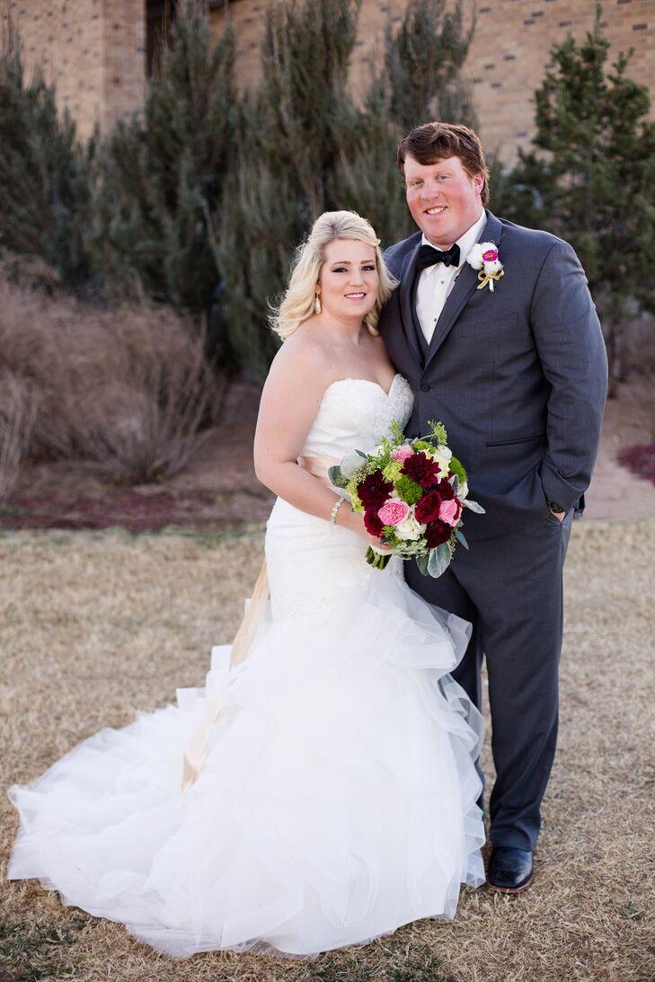 An elegant wedding at kent hance chapel in lubbock texas ombrellifo Images