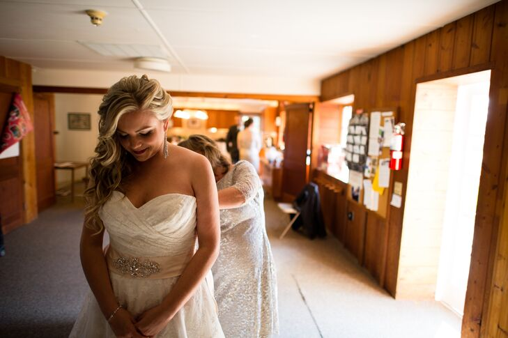 Bride Getting Ready at Solebury Friends Meeting House