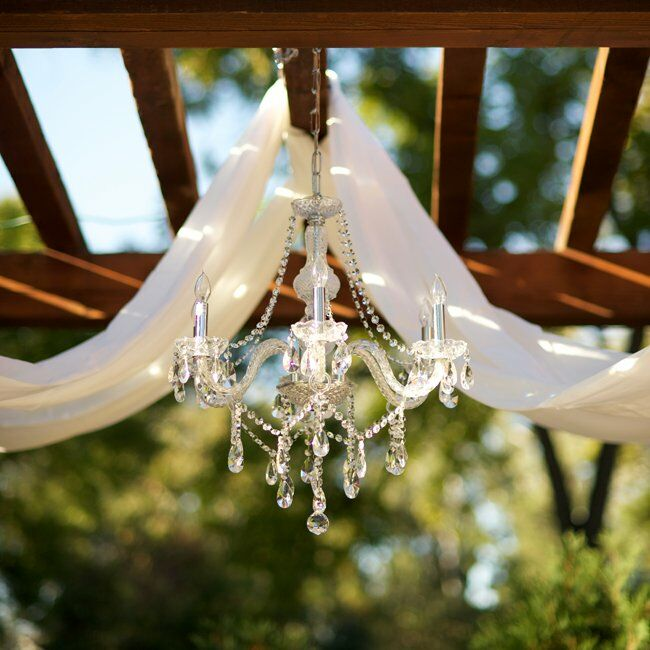 Outdoor Wedding Altars: Chandelier Altar Decor