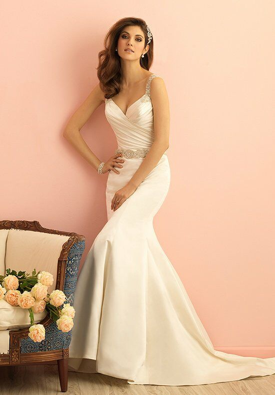 Allure Romance 2861 Wedding Dress photo
