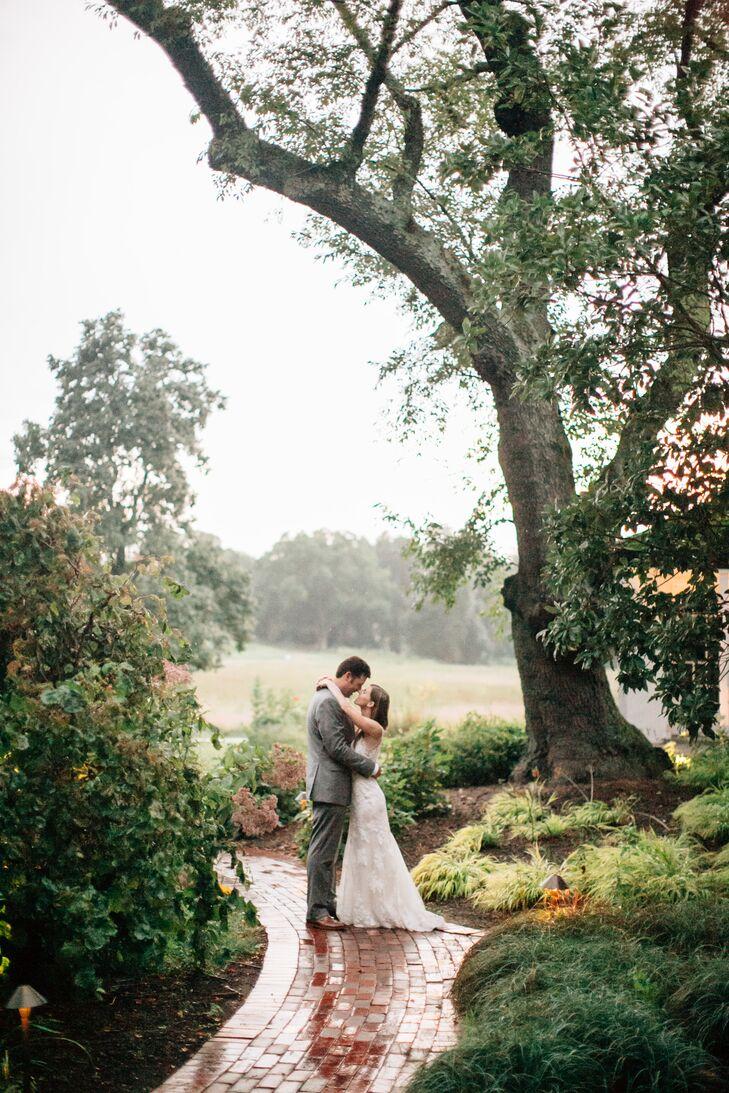 A Historical Mansion Wedding at Buena Vista in New Castle, Delaware