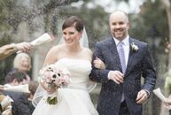Even though Meredith and Lee got married in early February, they wanted to avoid a winter-looking style. Mixing white, pink and navy, the couple had a