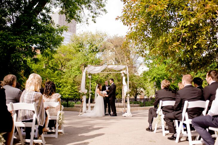 A Classic City Wedding At Salvatore's In Chicago, Illinois