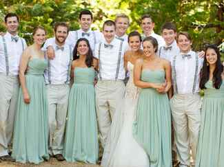 Wedding party with uneven numbers of groomsmen and bridesmaids
