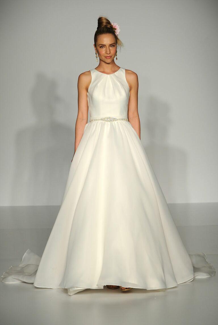 Classic Wedding Dresses From Bridal Fashion Week Spring 2017