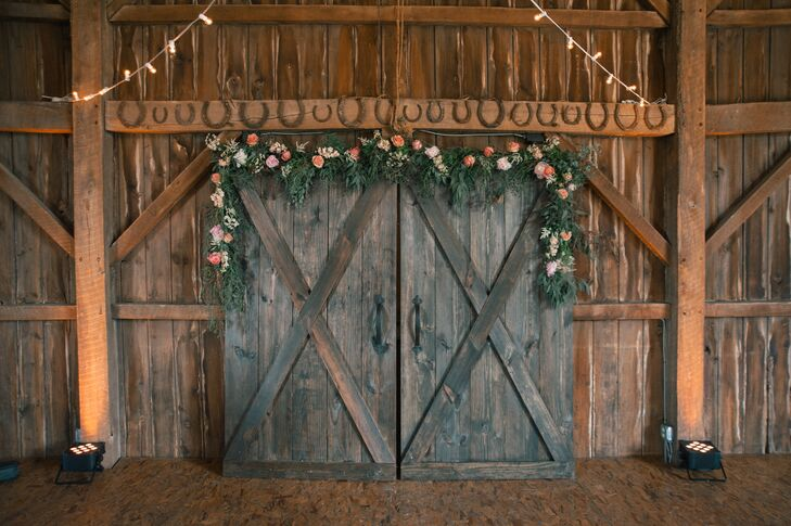 A Rustic Chic Wedding at White Star Farm in London, Ohio