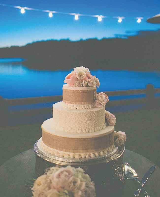 Rustic Burlap Wedding Cake | The Shultzes | The Knot Blog