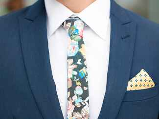 Menswear suit with tie and pocket square