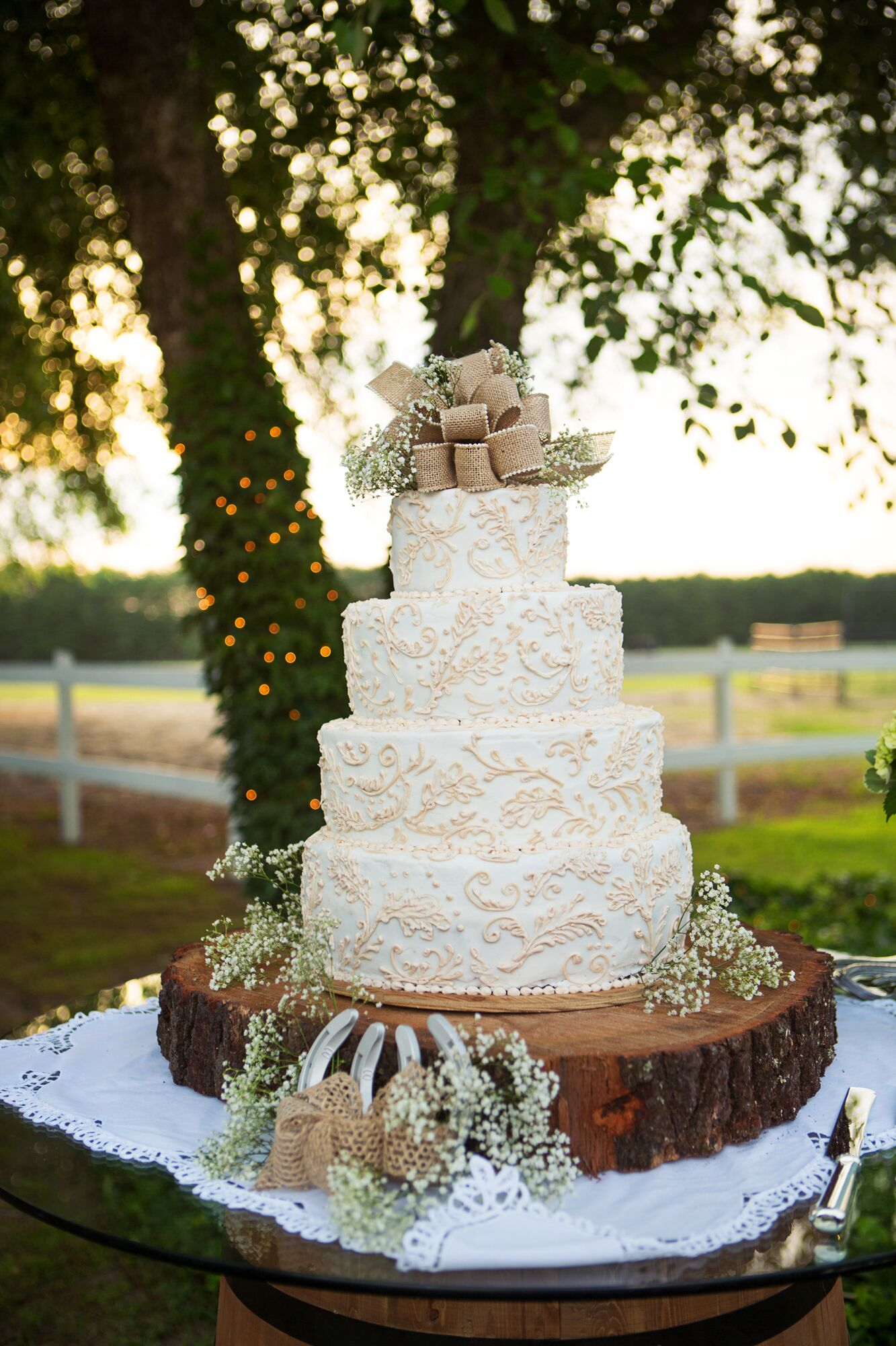 wedding cake ideas rustic rustic burlap and lace wedding cake 22934