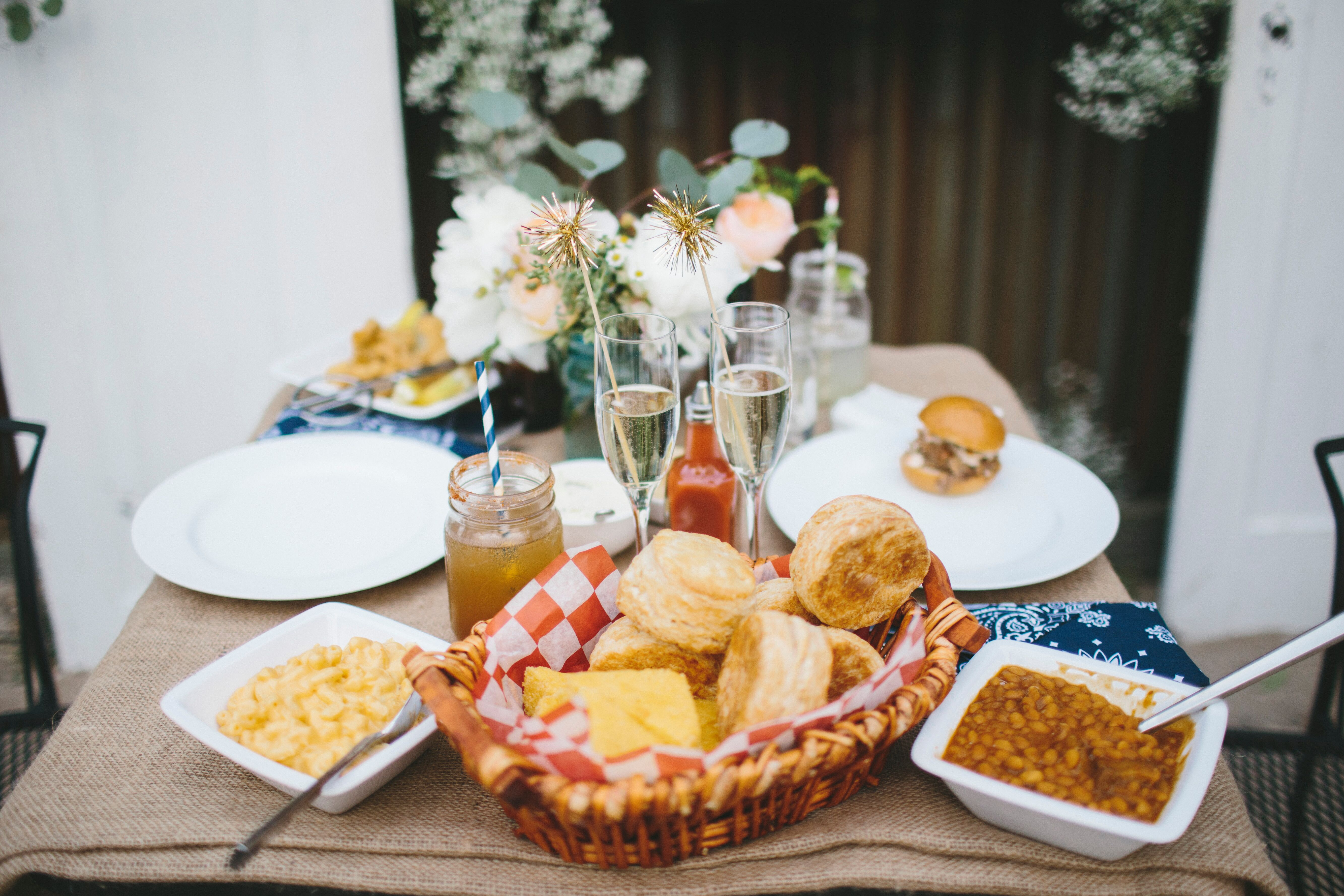 Comfort Food Ideas For Your Wedding Menu