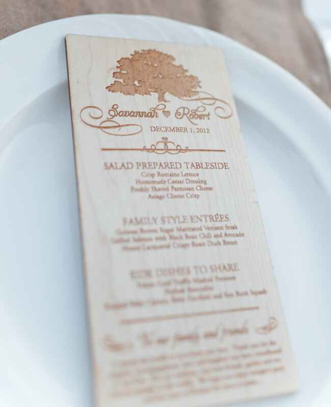 Elegant Woodgrain Menu Cards |<img class=