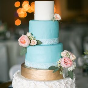 Blue White Gold Cake With Pink Roses