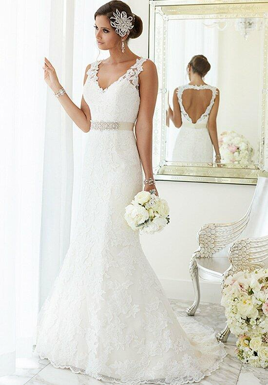 Essense of Australia D1695 Wedding Dress photo