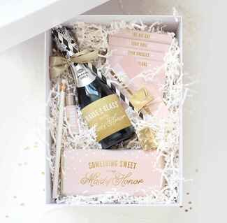 InklingsPaperie bridesmaid box with printable labels