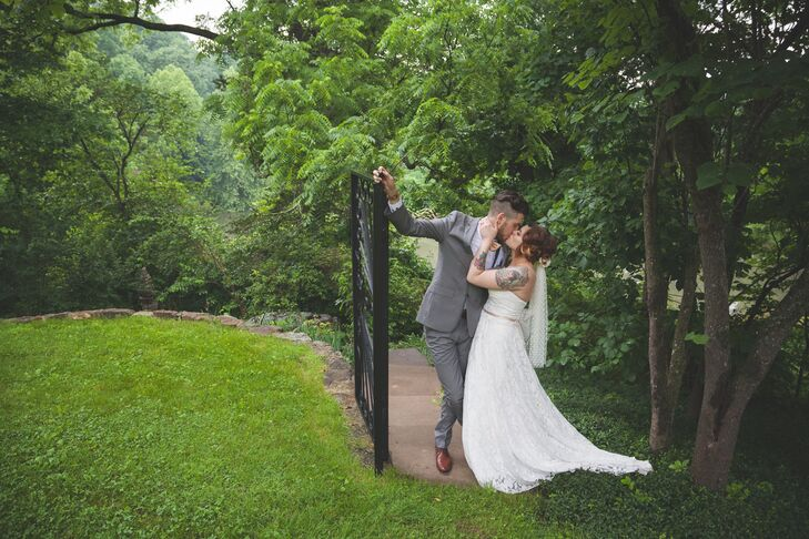 Real Enchanted Garden Wedding Kelly Steve: A Whimsical Tea Party-Inspired Wedding At Enchanted Hills
