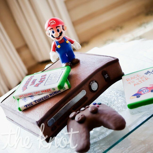 Video Game Wedding Ideas: Video Game-Themed Groom's Cake