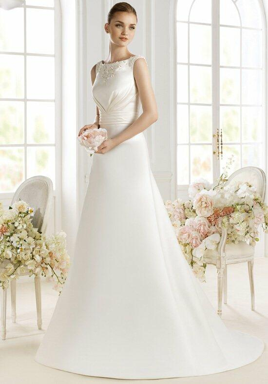 AVENUE DIAGONAL Paytah Wedding Dress photo