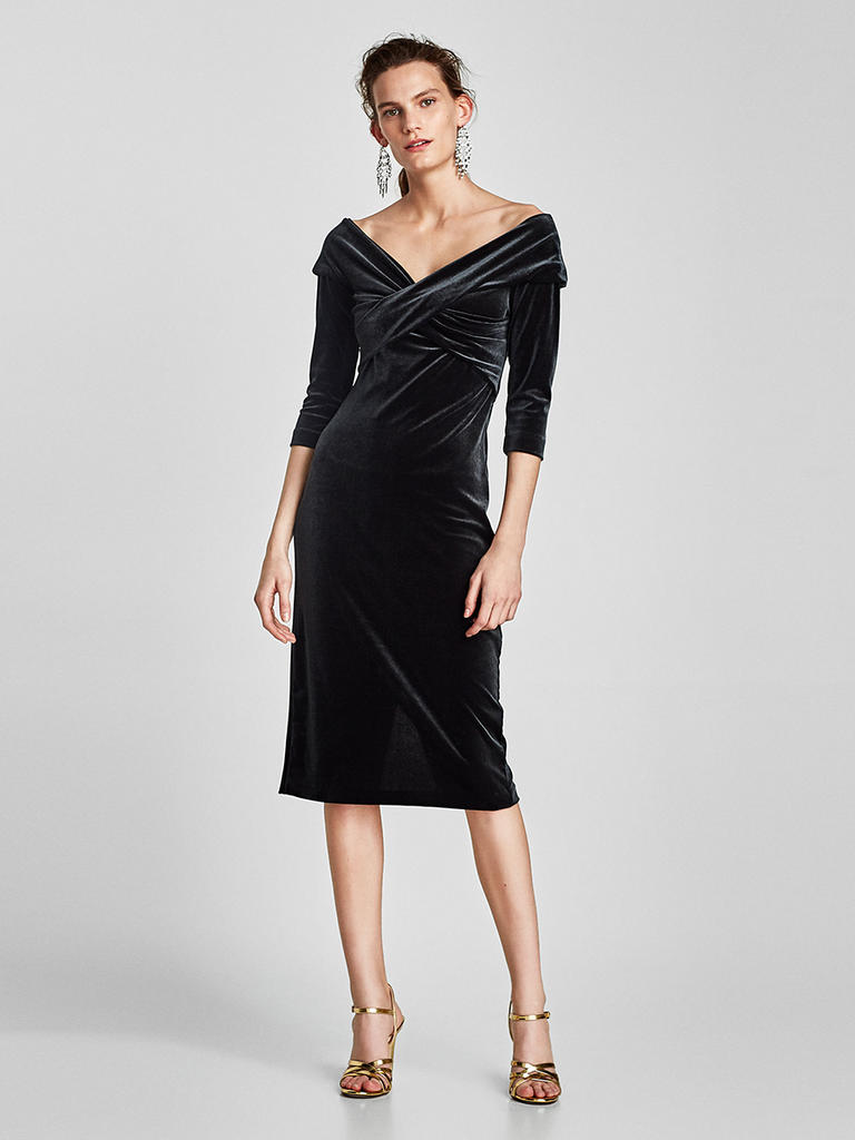 What to wear to a winter wedding 60 guest dresses youll get tons of mileage out of a cozy chic velvet frock but especially during winter wedding season dress it up with drop earrings and metallic heels ombrellifo Images