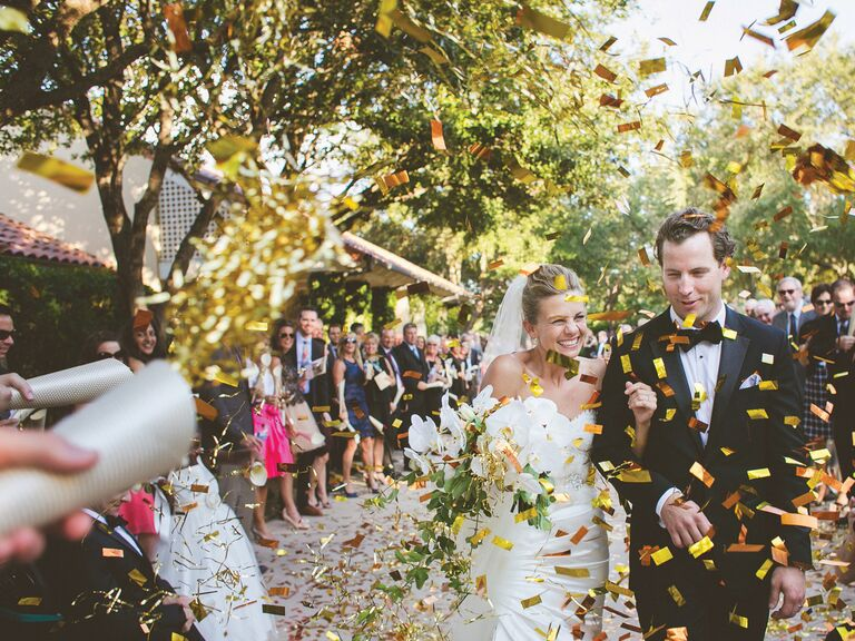bride-and-groom-confetti-exit