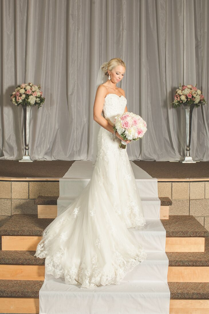 wedding cakes west des moines ia a classic blush wedding at glen oaks country club in west 25919