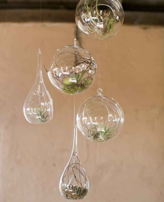 10 Ways To Use Hanging Glass Globes At Your Wedding