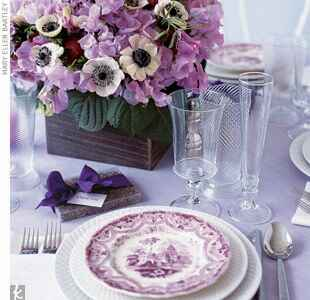 A purple centerpiece place setting