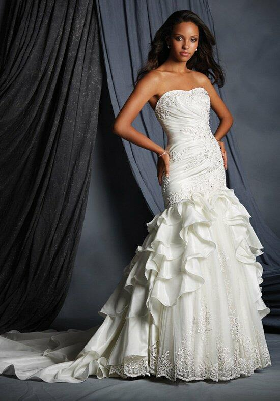 Alfred Angelo Signature 2493 Wedding Dress photo