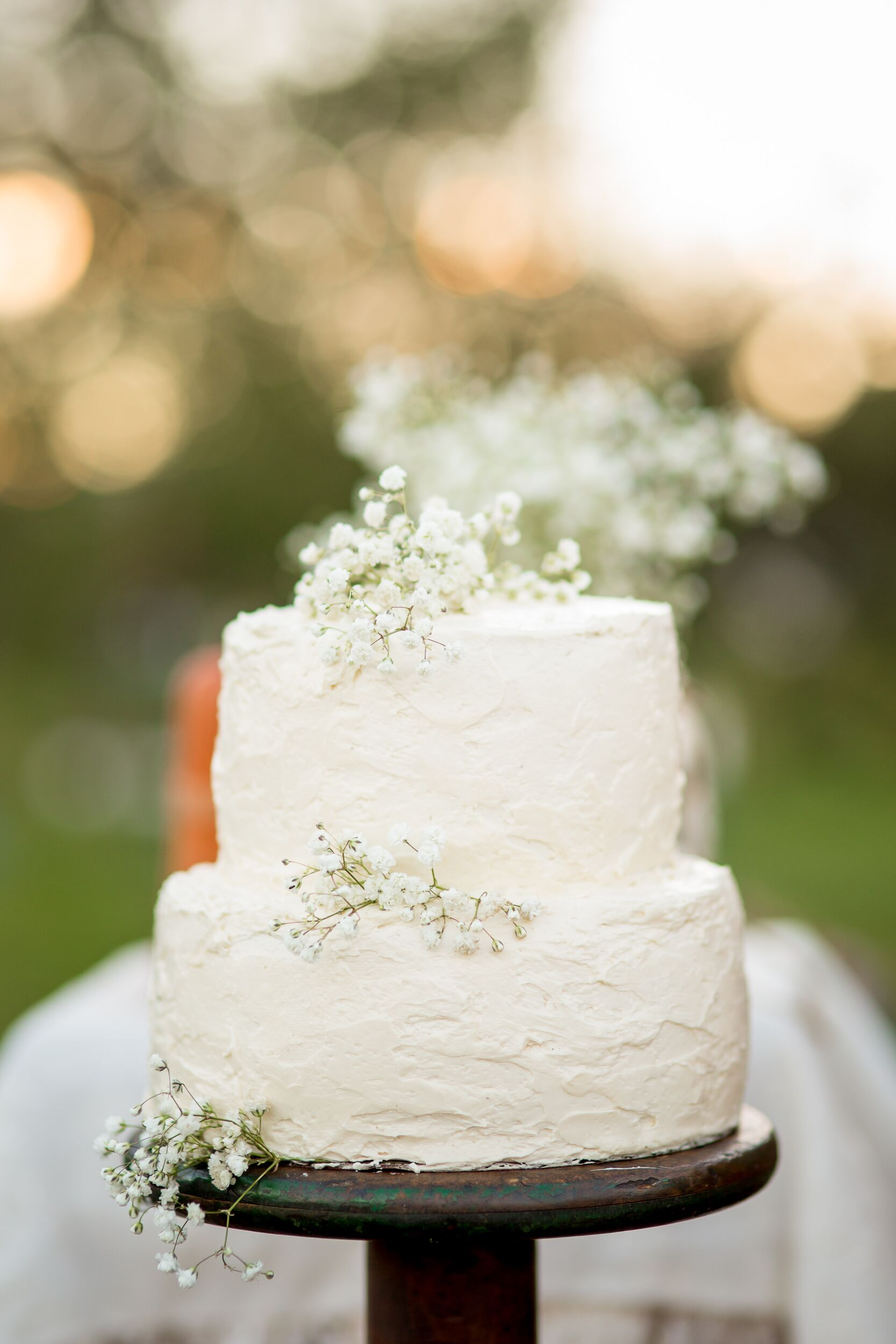 Baby S Breath Decorated White Buttercream Wedding Cake