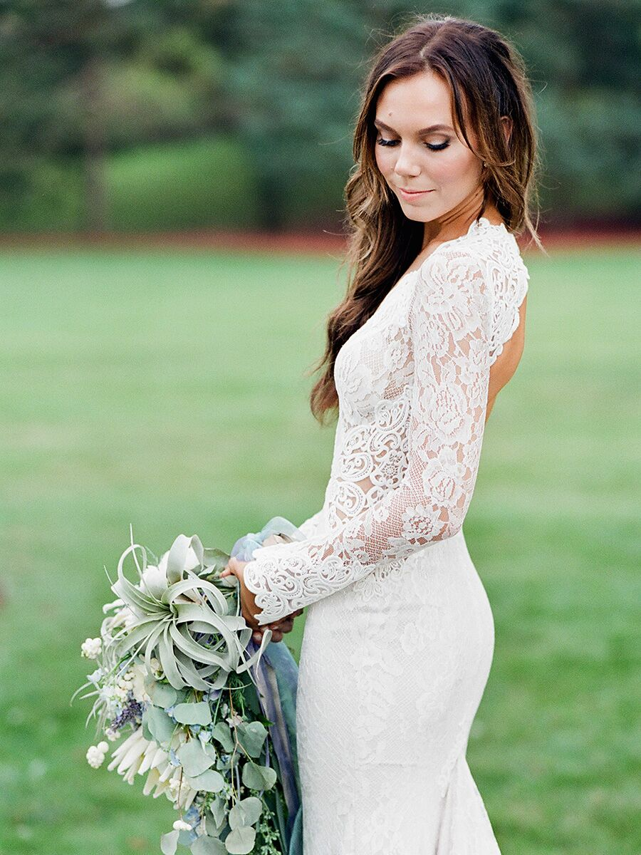 17 Boho Lace Wedding Dresses For The Free-Spirited Bride