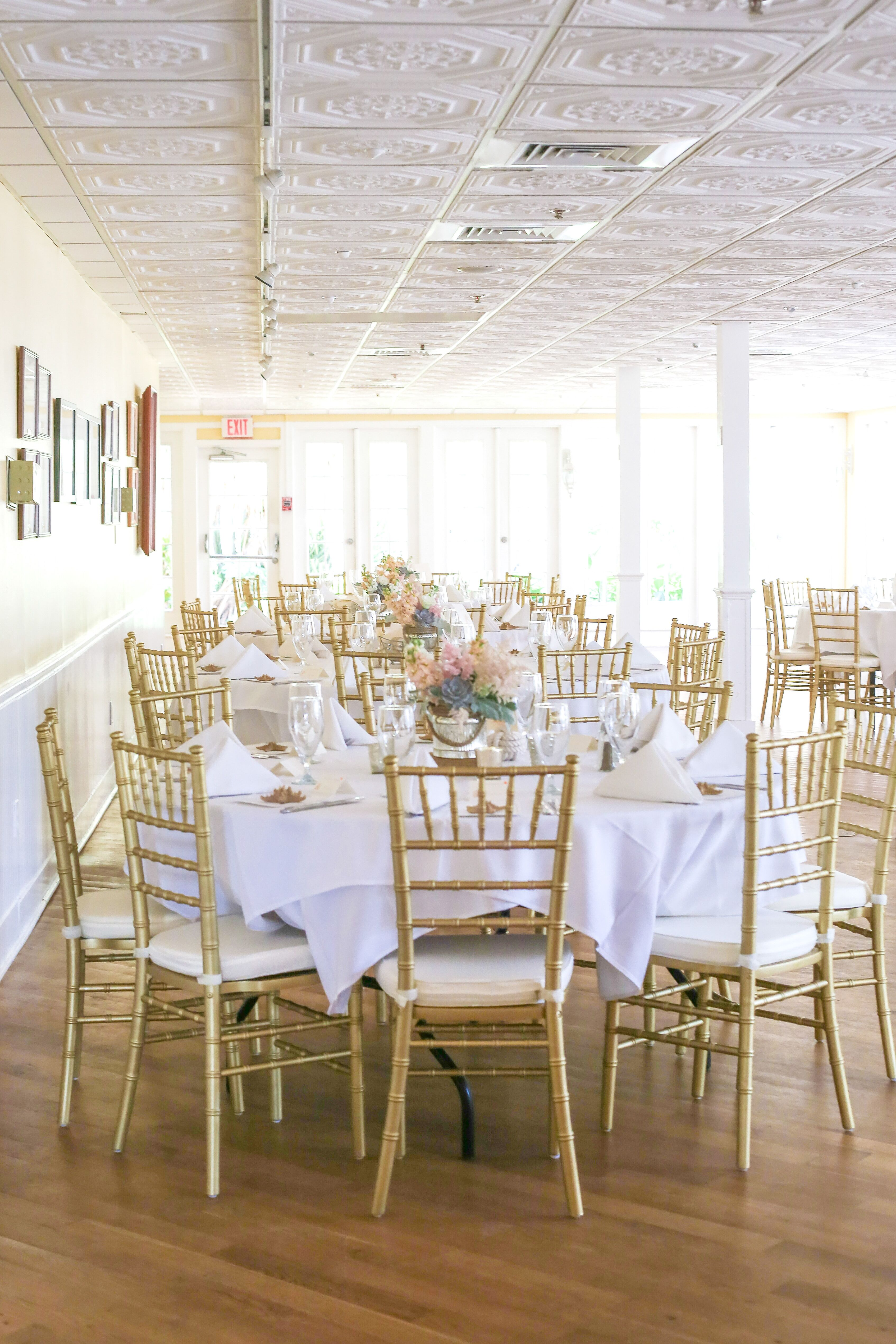 Classic Gold Chiavari Chairs White Linens